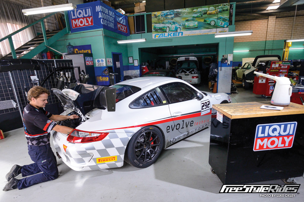 fitzgerald_racing_sevices_joins_liqui_moly_02