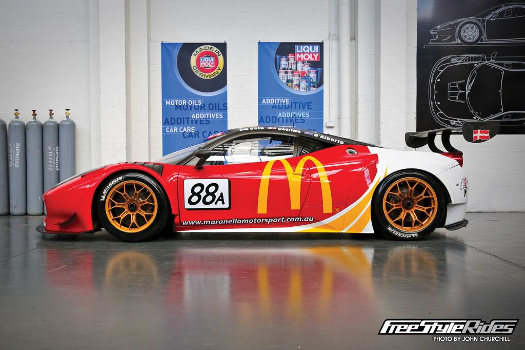 gary-myers-maranello-motorsport-and-john-bowe-all-use-liqui-moly-oil-02