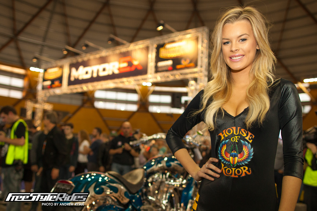 girls_of_motorex_2015_17